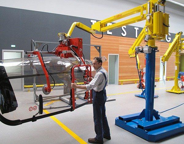 5 Señales De Que Su Almacén Necesita Un Manipulador Industrial